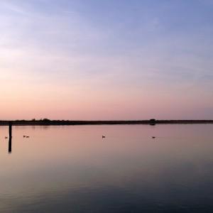 Segel gesetzt auf der Ostsee beim Segeln entlang der Küste von Polen - Segel-gesetzt-auf-der-Ostse